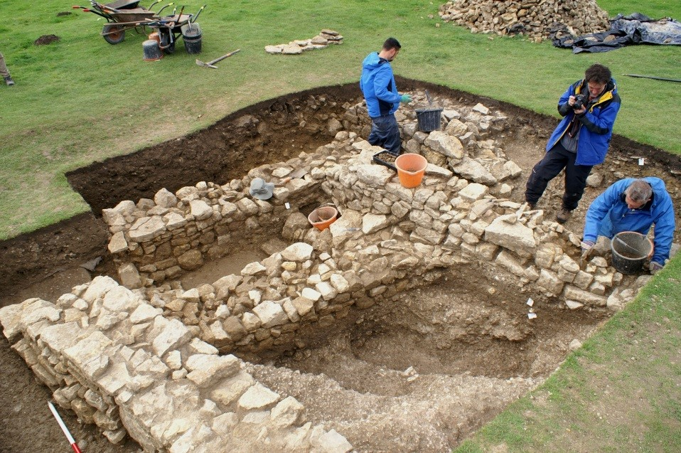 Complex structures revealed in Trench 2
